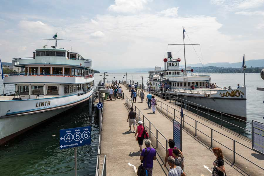 Cruise on Lake Zurich