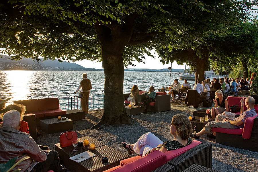 Beer Garden Lake Zurich